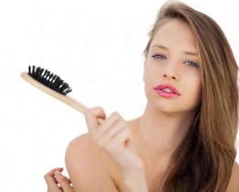 Attention au brossage des cheveux