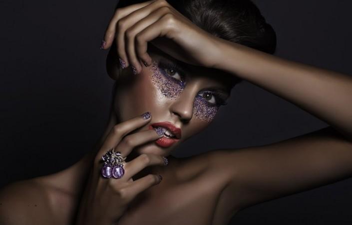 Le violet pour les peaux mates